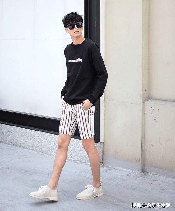 """夏天短裤那么多 还是这条""""四分裤""""时髦百搭 这样穿更显魅力 爸爸 第5张"""
