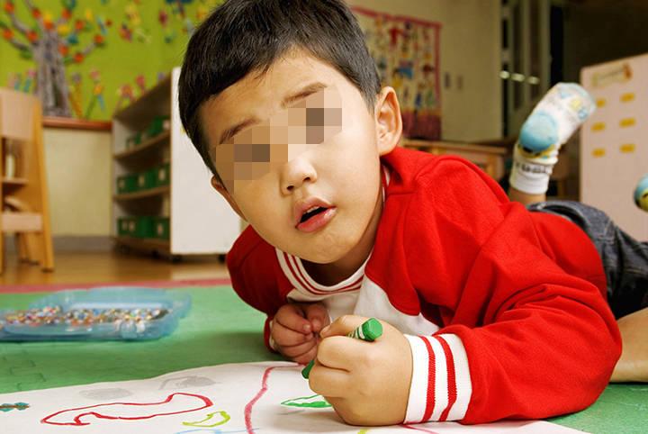 """小学生""""打油诗""""走红,连老师也甘拜下风,孩子的奇思妙想不简单"""