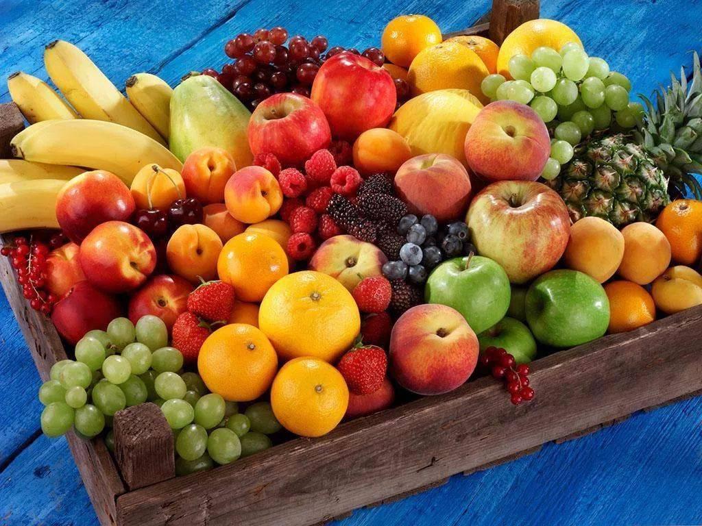 女人梦到自己吃水果 女人梦见水果什么预兆