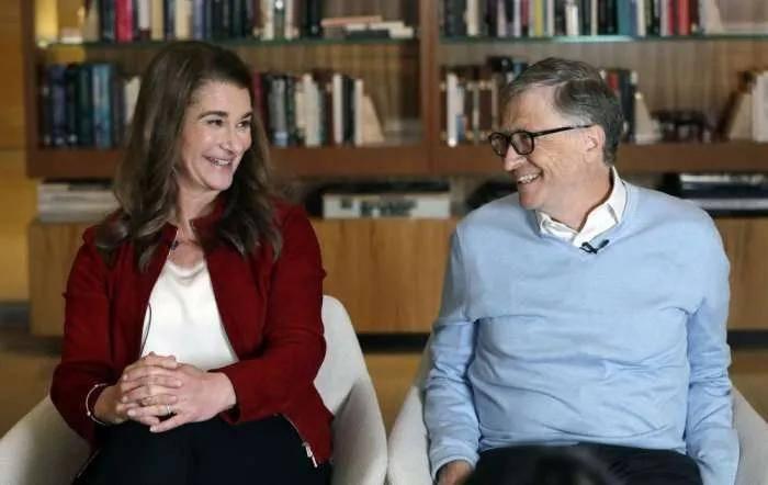 昔日世界首富比尔·盖茨宣布离婚!27年夫妇分道扬镳,8400亿财产怎么分?