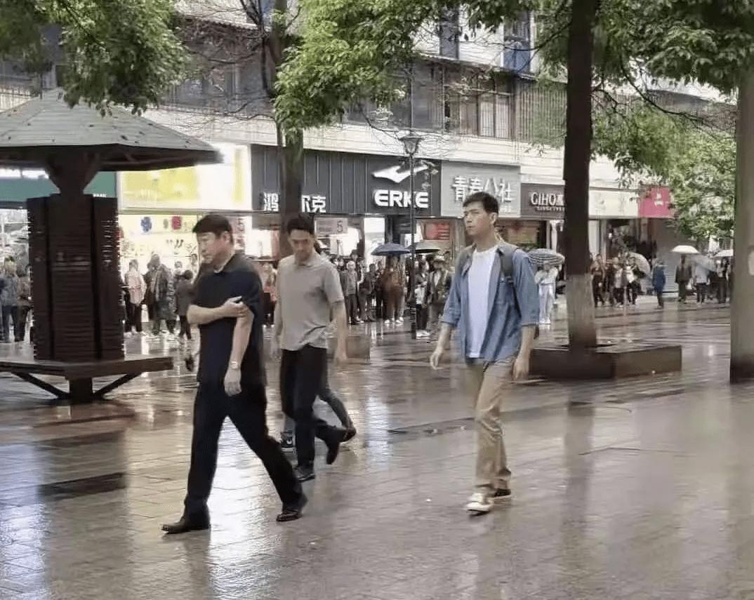 又一部国产探案大片!《中国刑警》路透照曝光,王景春李现加盟                                   图1
