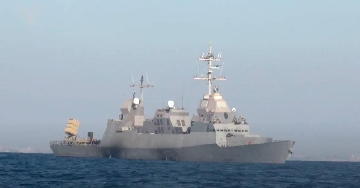以色列海军神盾战舰出动了,铁穹导弹蓄势待发,确保海上油田安全