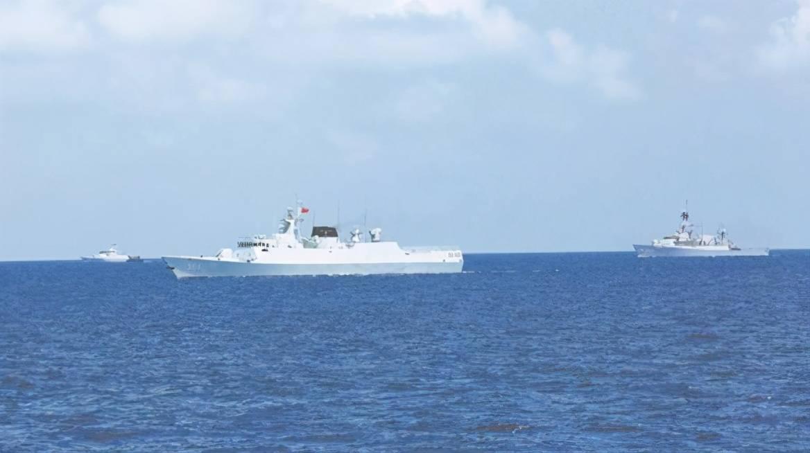 炒作中国军舰到澳大利亚家门口演习,西方媒体不知来而不往非礼吗