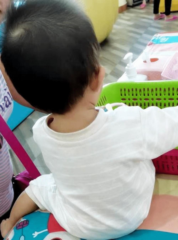 """""""小儿无六月""""是啥意思?夏季宝宝穿衣要做到""""2暖2凉""""-家庭网"""