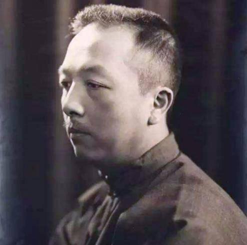 他发明了1个汉字,被女性痛骂3年,现被收进新华字典,人人都在用