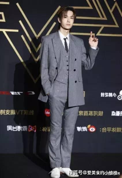 2019最后一战,吴亦凡、鹿晗帅气,肖战、王一博时髦,李现最正经