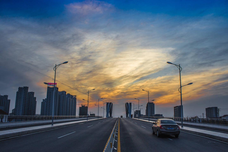 江苏第四座万亿城市,人均存款比苏州还要高,未来有机会超越无锡