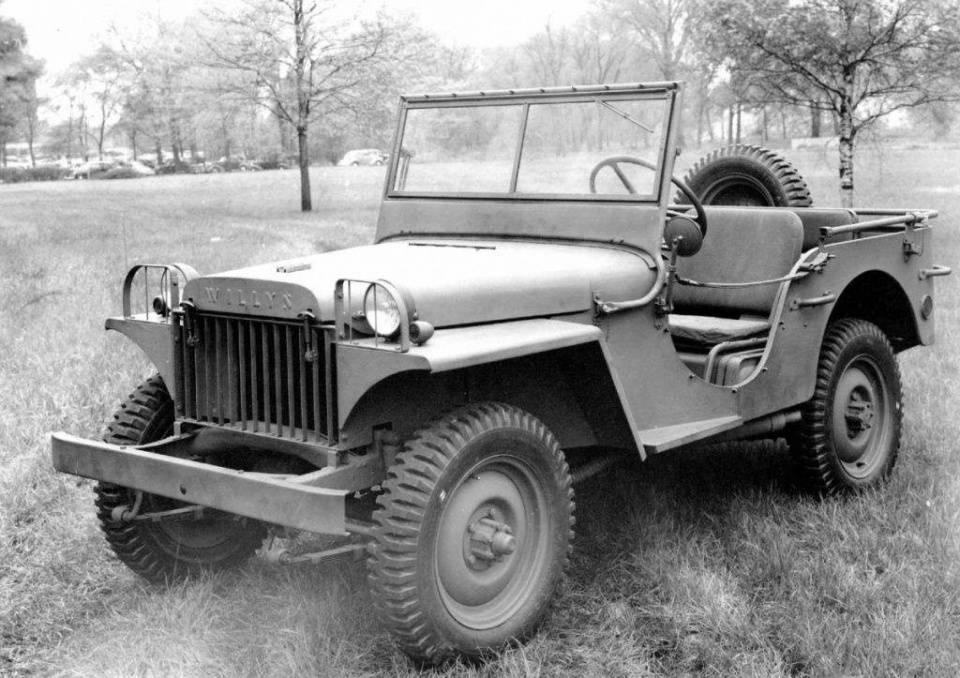 二战吉普战车的荣耀:帮助美军逢山开路,遇水搭桥!