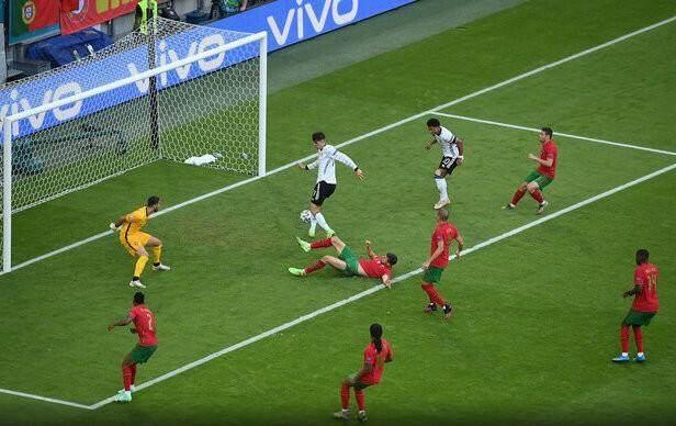 桑托斯:C罗首开纪录可最终葡萄牙队还是2比4负于德国队