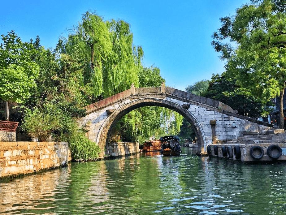 原创             浙江有一座古镇走红,至今已有750多年历史,暑期出游的绝佳去处
