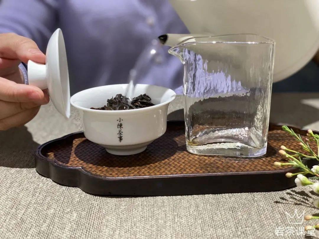 慧苑坑的茶葉回來要連續焙六年才上市,請教一下,有這樣的工藝嗎