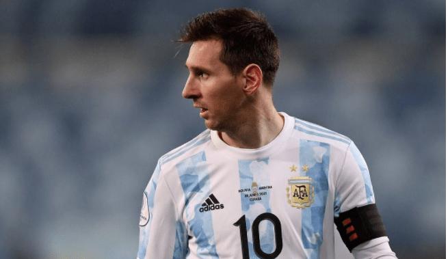 阿根廷美洲杯1|4决赛首发曝光:最强出击,德保罗领衔中场,3大王牌冲锋
