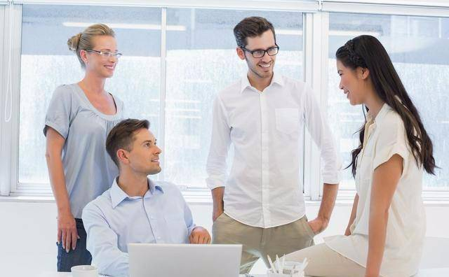 图片[1]-几句实话不能讲,领导不喜欢听,同事更不愿意听-泡妞啦