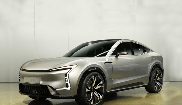 华为年内将引入7座SUV在自有销售渠道7uq