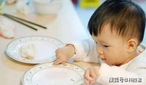 """不想宝宝积食 谨记""""3不食"""" 养成2习惯 孩子脾胃好、个子高-家庭网"""