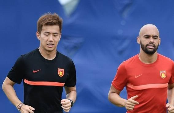 上港新援即将出战,未来将激活奥斯卡,曾在欧洲联赛踢主力