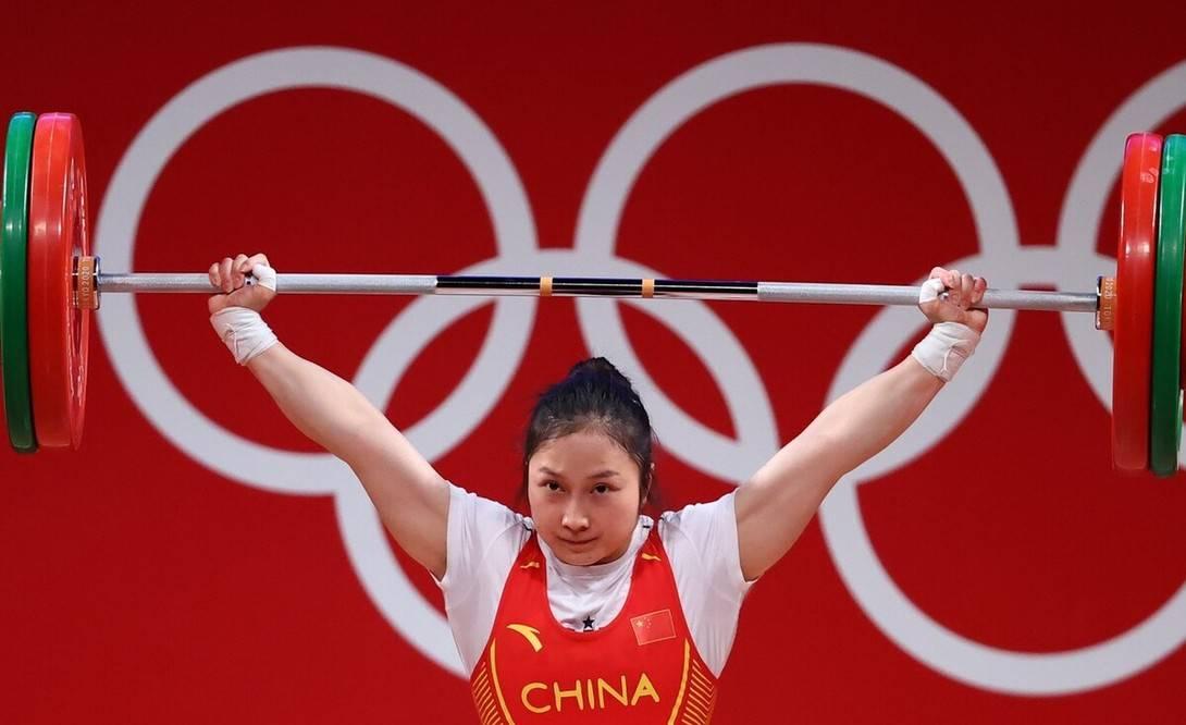 中国举重错失冠军!女子55公斤