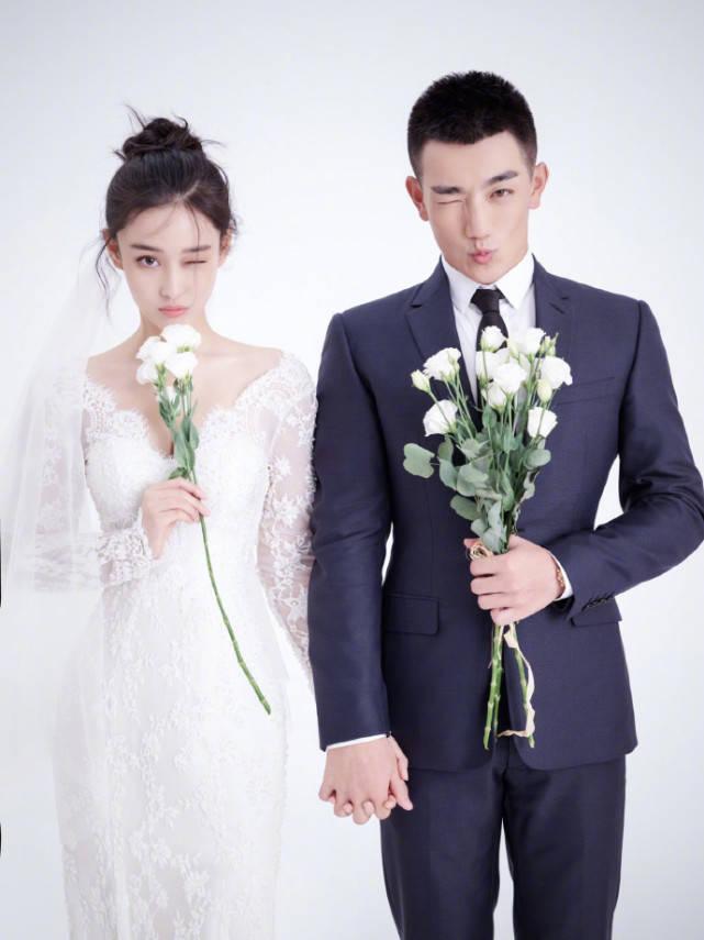 何洁很少撒狗粮 称赞嫁给张馨予的亲密动态 两人结婚三年
