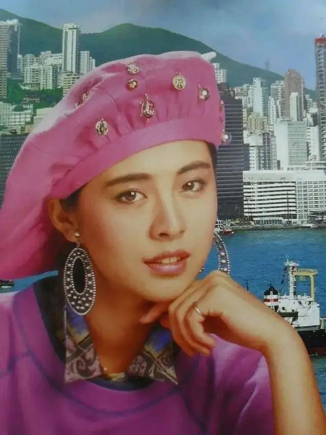 图片[18]-八九十年代的女明星挂历,复古又雷人,都是青春的记忆,好怀念啊-妖次元