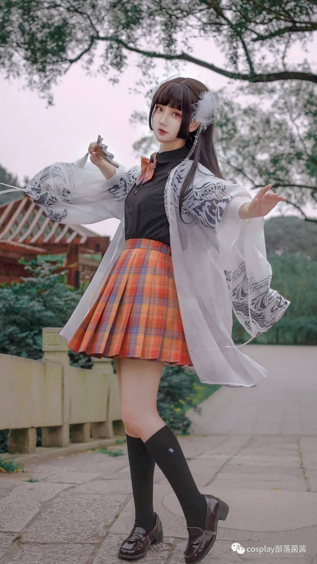 JK少女:梨园榆火,奈何仙女落人间
