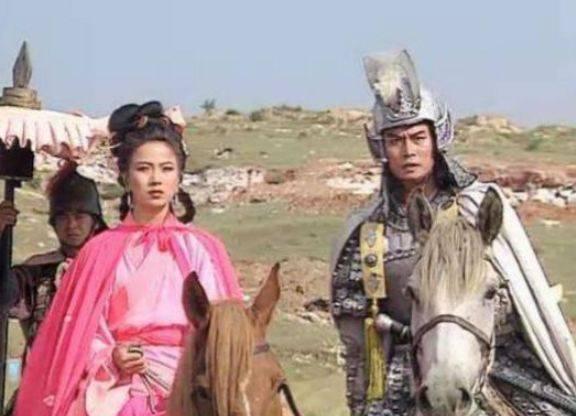 他因《赵子龙》而走红 并娶了陈佩斯的亲妹妹 他的妻子仍然生病