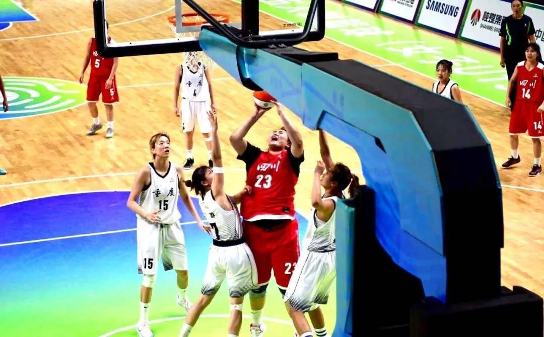 2021年CUBA女篮总决赛,刘禹彤得到33分11篮板,帮助