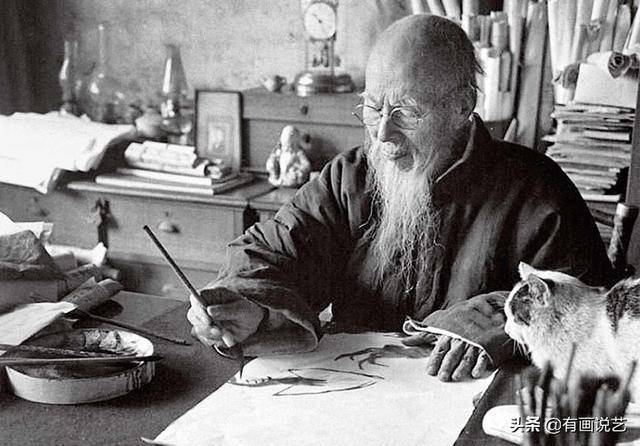 93岁齐白石手抖不停,画出一幅漏洞百出的画,却被专家誉为神作