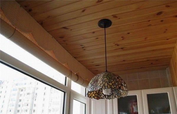 生活新鲜事·阳台吊顶用生态木还是桑拿板?