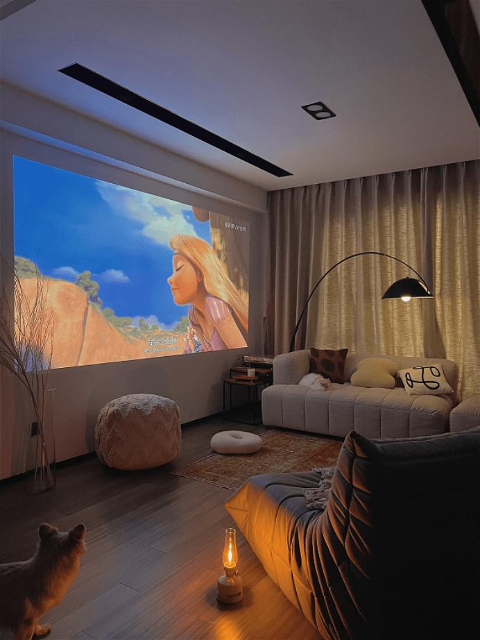 客厅使用投影怎么选 小白用户极米购机指南