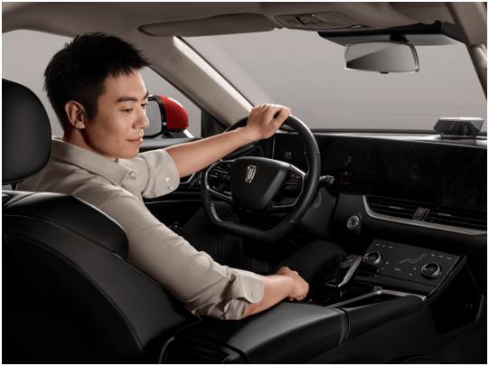 大視界,才夠精彩 新國民悅極SUV#奔騰T55 12.3英寸
