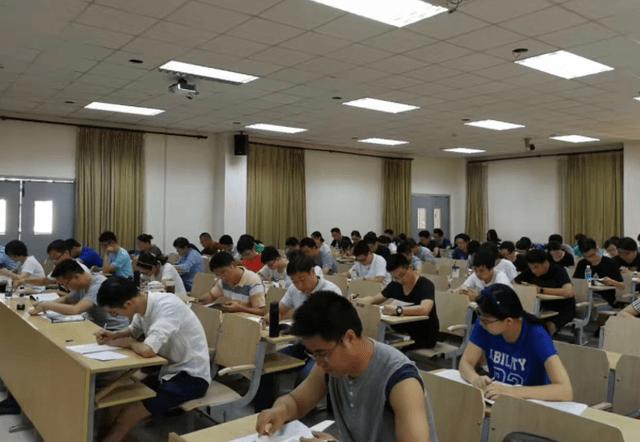 英语四级的难度相当于高考英语多少分?学姐认为,两者没啥可比性