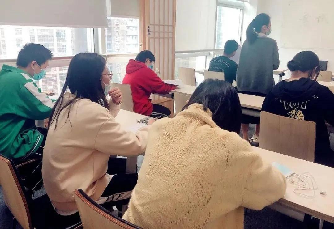 日研资讯丨为更好吸收日语知识,我们在上周进行了月考水平测试!