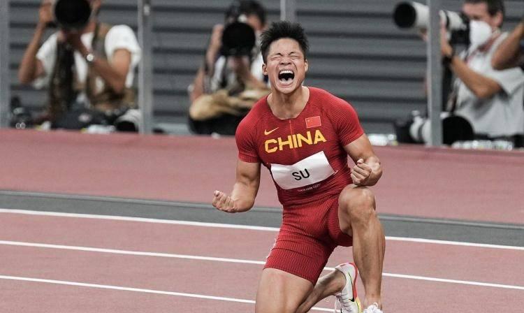 因为苏炳添我们才会期待百米大战,虽然没有奥运奖牌,但难掩伟大_凤凰娱乐主管
