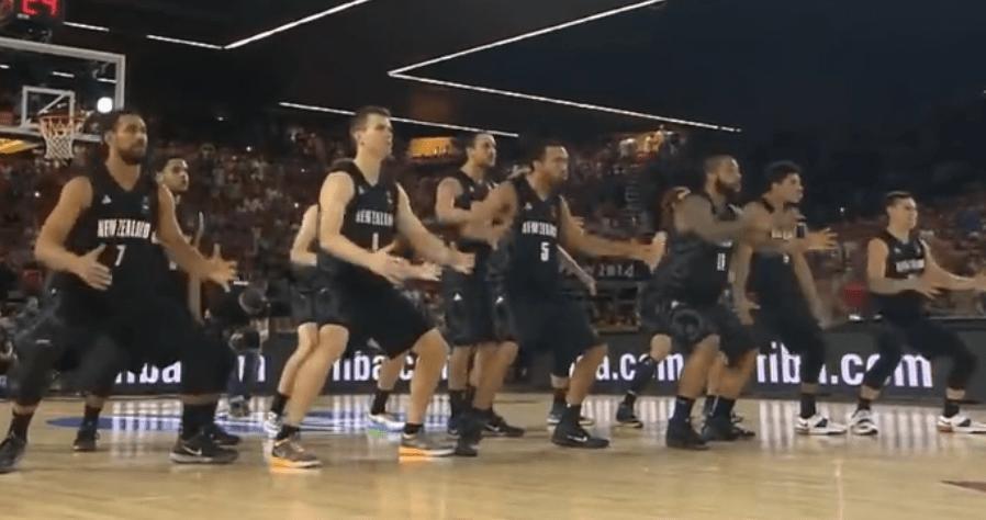 肯定的2014年男篮世界杯最让人难忘的一个镜头,莫过于美国对阵新西兰的比赛。
