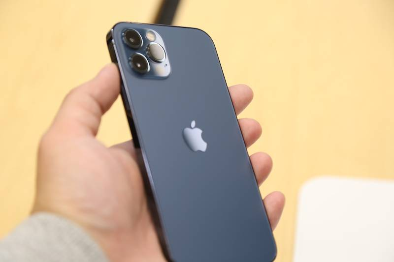 iPhone 12到底有多蓝?摸了真机的人告诉你的照片 - 9