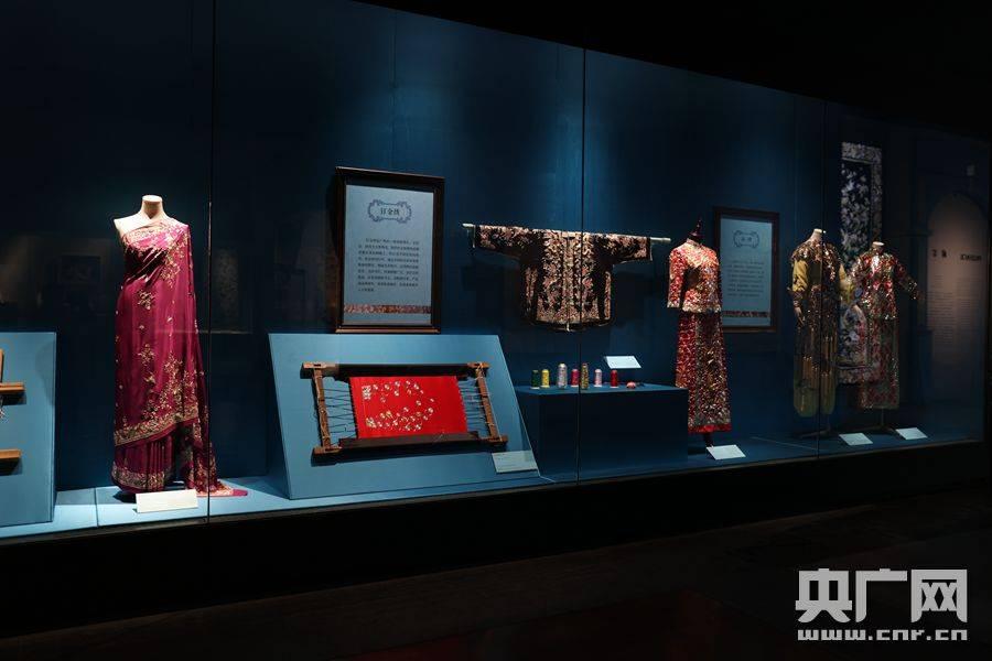 《三城记——明清时期的粤港澳湾区与丝绸外销》在广东省博物馆开展