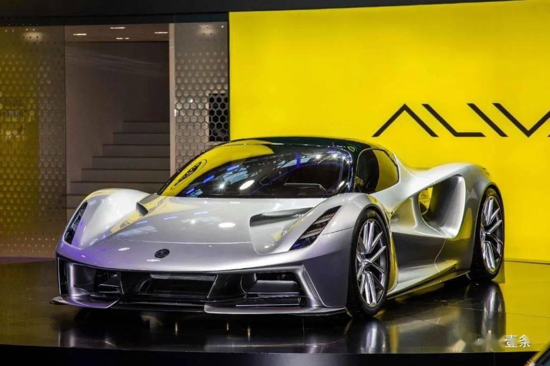 吉利的莲花将第一款国产车与宝马X5进行对比,与兰博基尼相当
