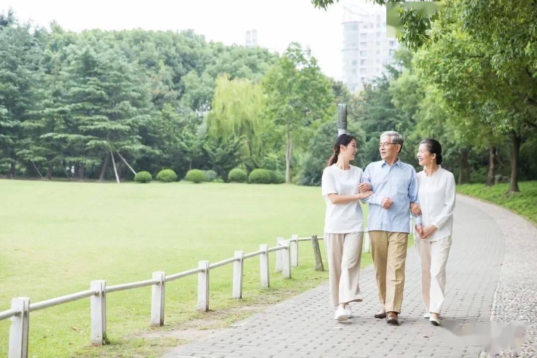 45到59岁是长寿黄金期!多喝2水,少吃3物,把寿命养起来!
