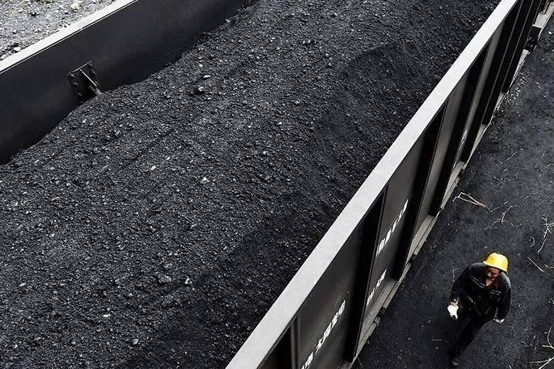 """烧""""煤""""急!第一类车辆是一天,提高煤炭运输""""软实力""""势在必行"""