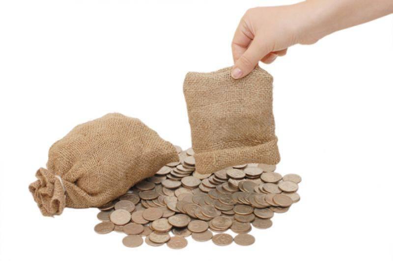 信用卡透支利率没有放松,但尚未落地借贷机构,或者降低利率无利可图。