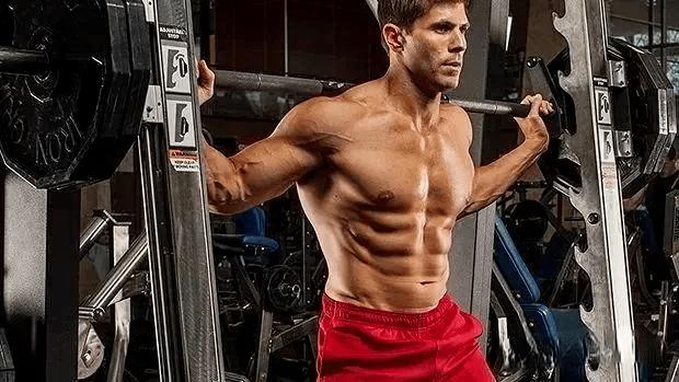 健身房固定器械——史密斯训练器的7种玩法