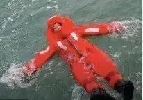 苏州一14岁女孩不慎落入5米深河,成功获救竟是因为。。。