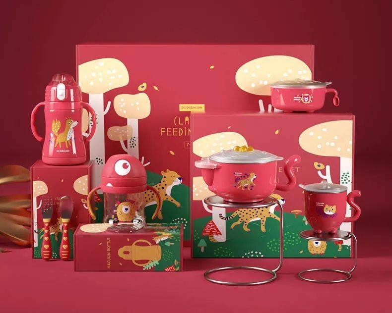 宝宝过年新装备,吃饭龙八国际app、喝水一套搞定,有颜有