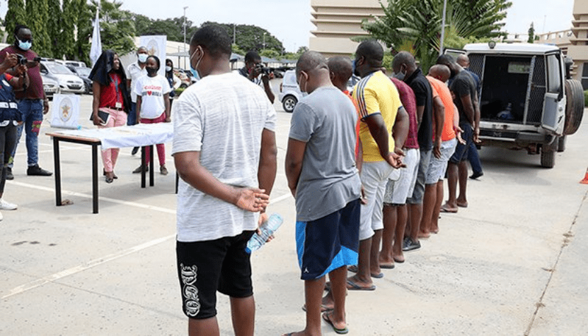 安哥拉人口_安哥拉历年人口总数统计