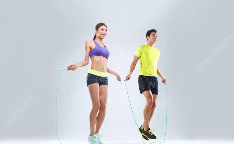 怎样跳绳才能高效燃脂?3个跳绳运动模式,让你跳出好身材_训练