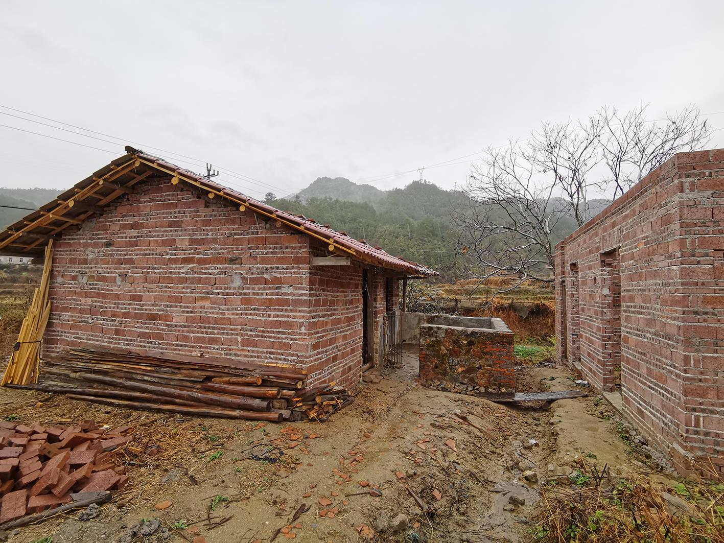 新疆阿克苏地域拜城县产生5.4级地震
