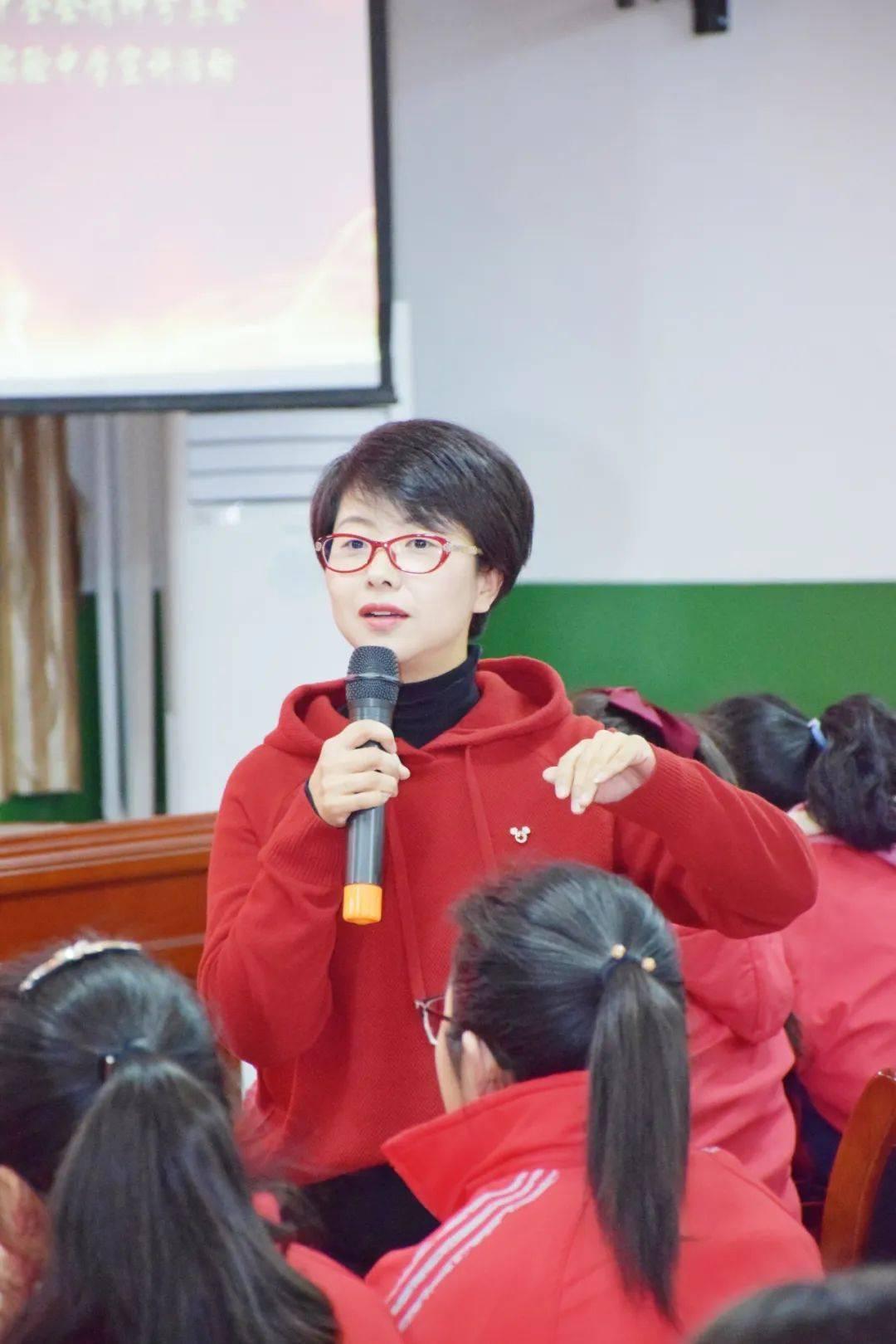 """新春走基层丨太原""""80后""""知心姐姐,在青少年心田播撒阳光  第1张"""