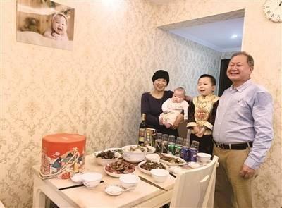 父母留穗与女儿一家过年,广味春节红红火火