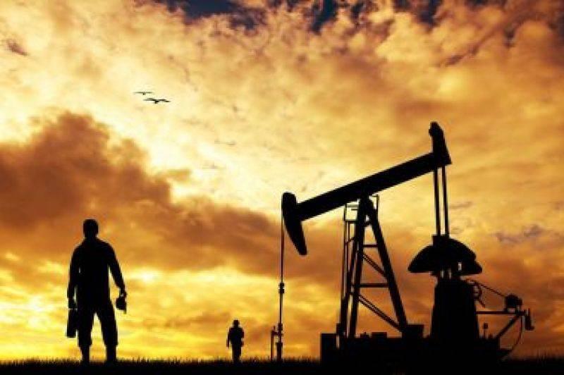 """惊讶!美国的极端天气因素导致油价上涨到60马克以上。国内油价可能会满足""""七连涨"""",多装一箱6元"""
