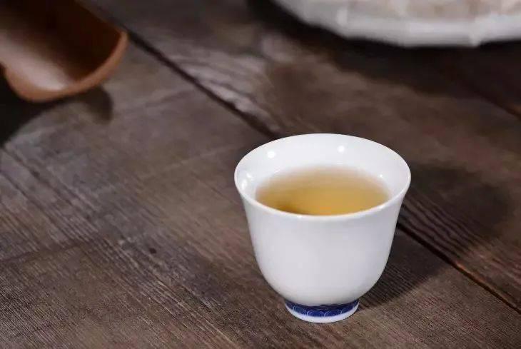 什么情况喝普洱生茶最伤胃?